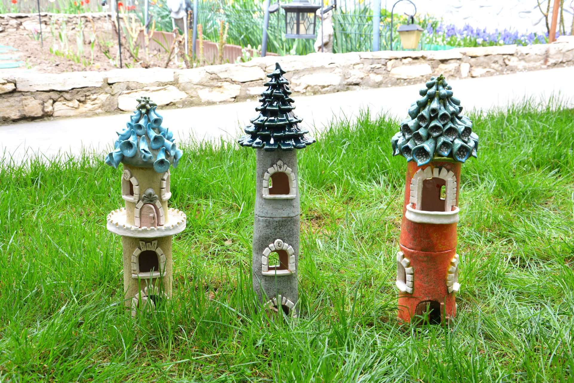 Flower Castels - Ceramic decorations for flowerbeds, lawns, height 39 cm - 44 cm, photo 2 of 2.