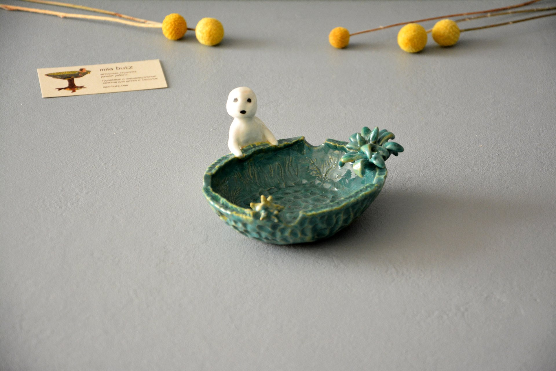 Ashtray with a figurine of Kodama the tree spirit, diameter - 13, height  - 12 см, photo 1 of 5.
