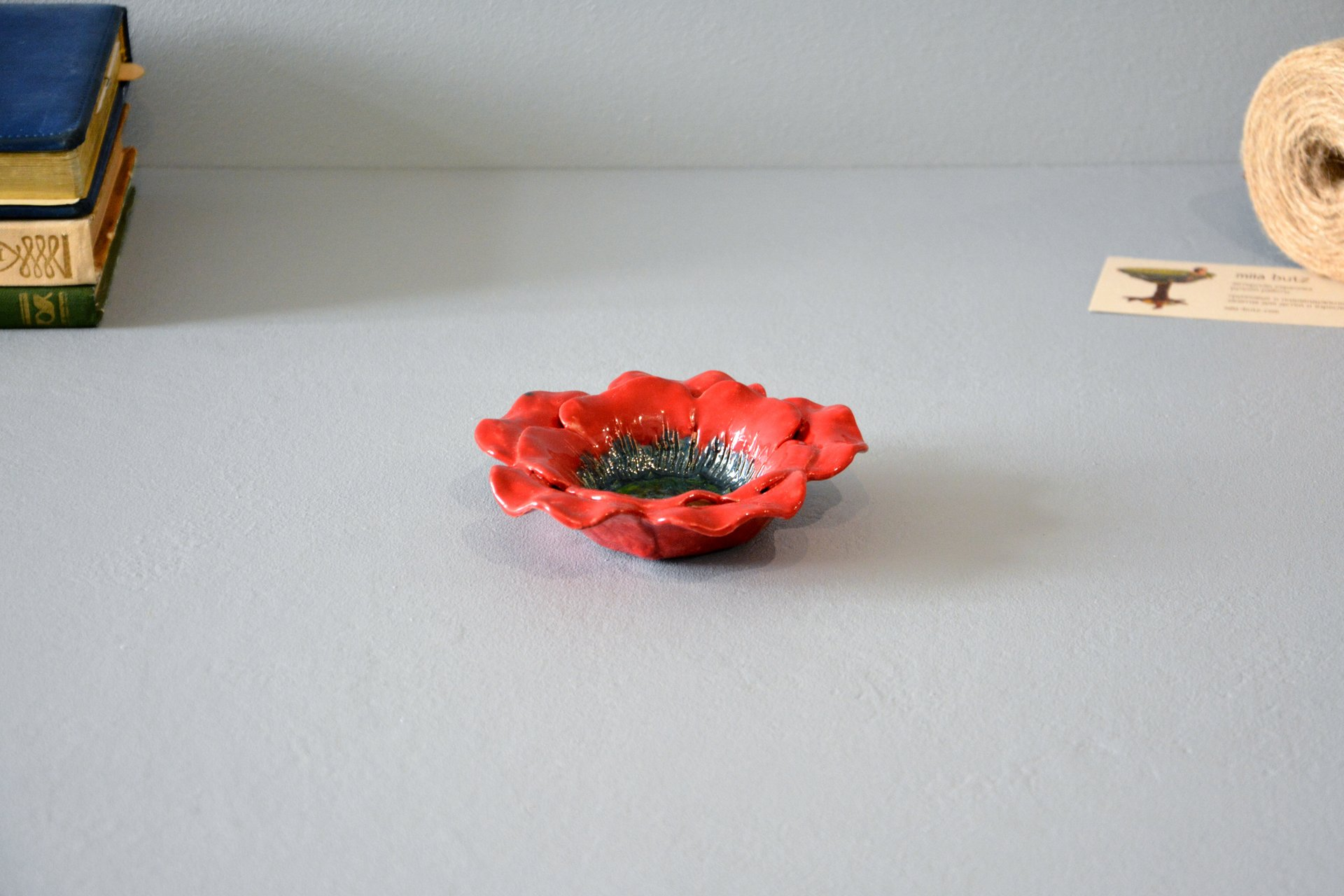 Red candlestick in the shape of a poppy flower, for ordinary candles and candles for tablets, diameter - 12 cm, photo 5 of 5.