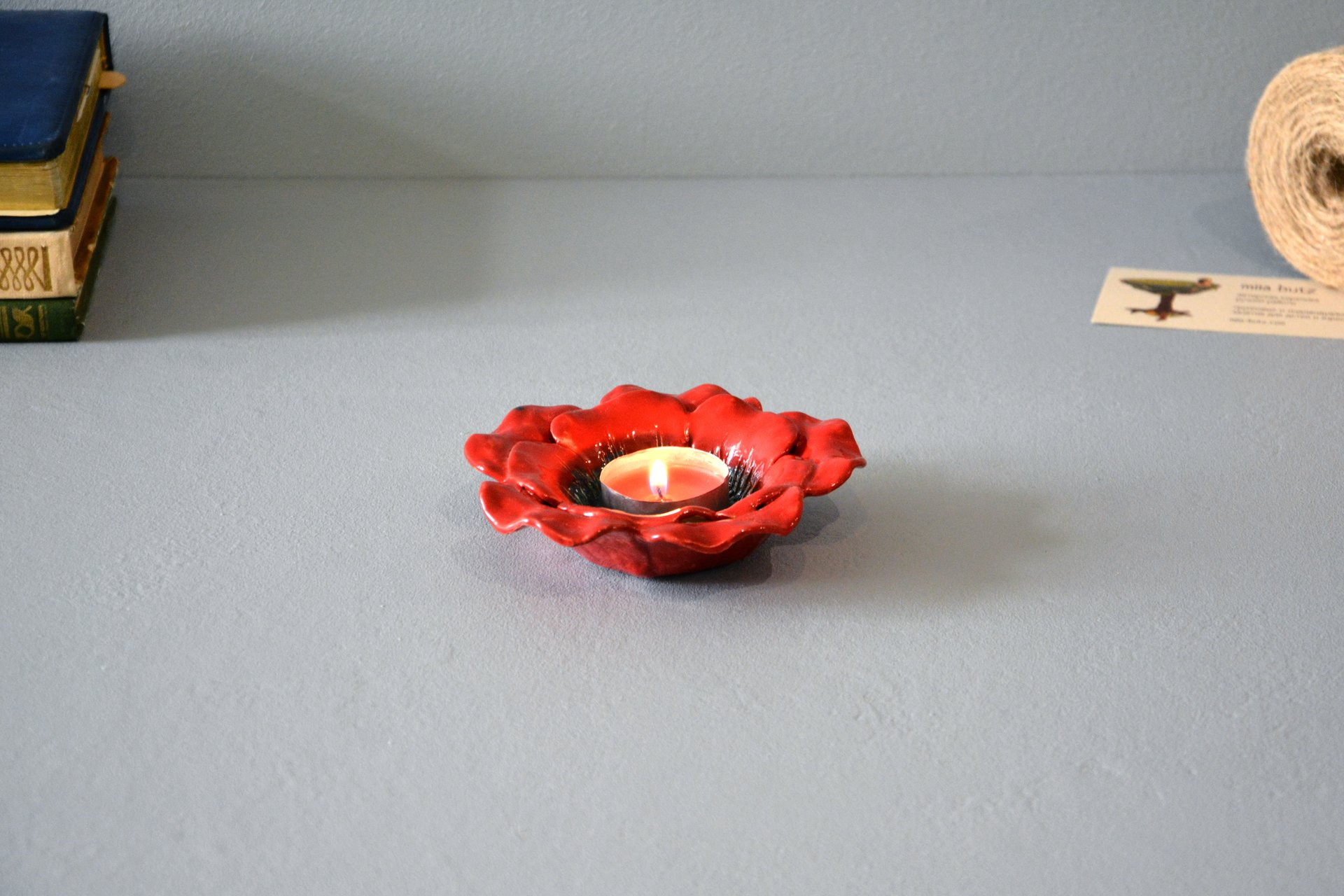 Red candlestick in the shape of a poppy flower, for ordinary candles and candles for tablets, diameter - 12 cm, photo 4 of 5.