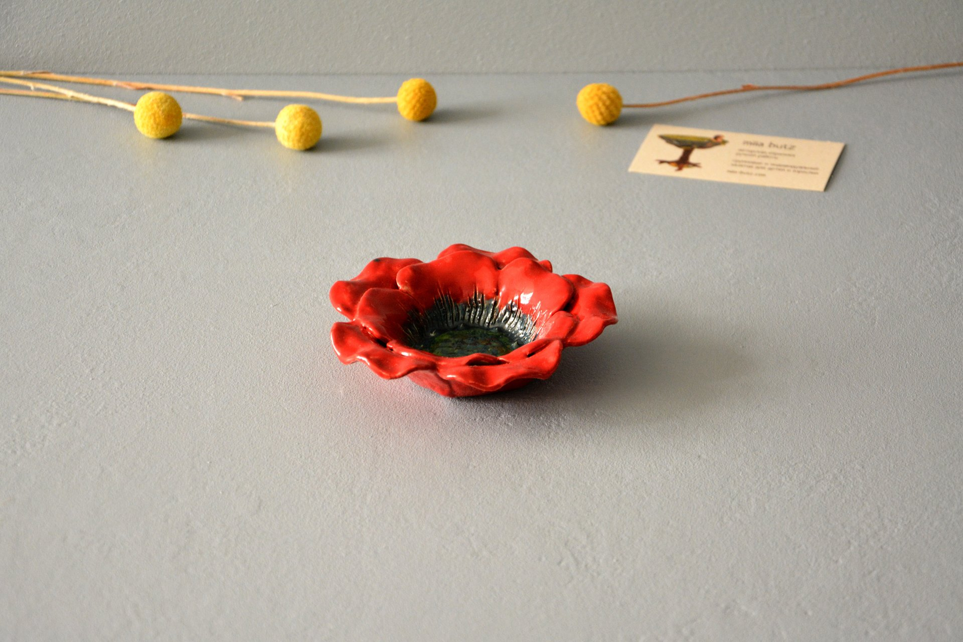 Red candlestick in the shape of a poppy flower, for ordinary candles and candles for tablets, diameter - 12 cm, photo 1 of 5.