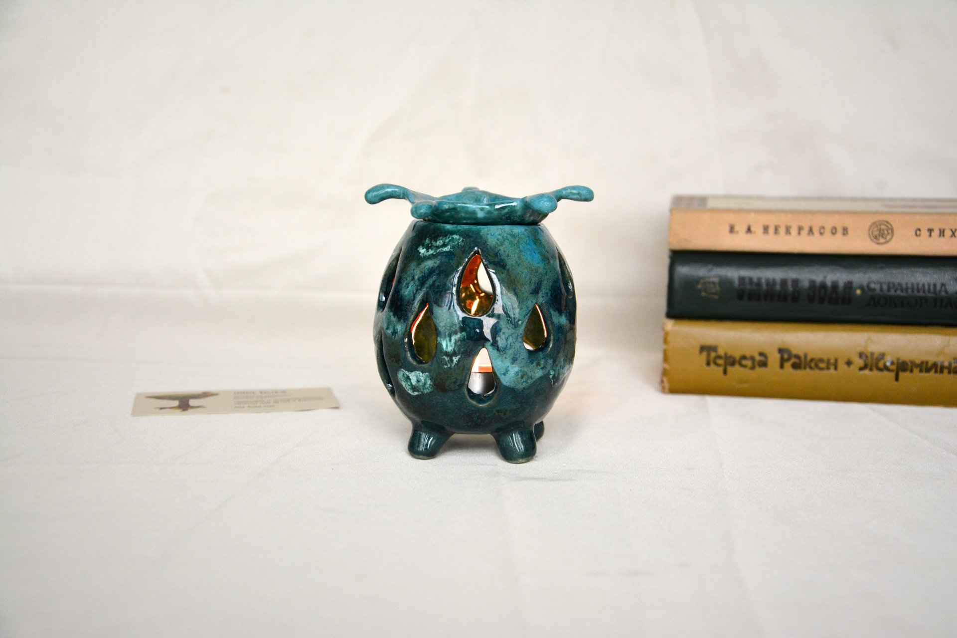 Aroma lamp Drops - Oil burners, height - 10 cm, diameter - 8 cm, photo 3 of 3.