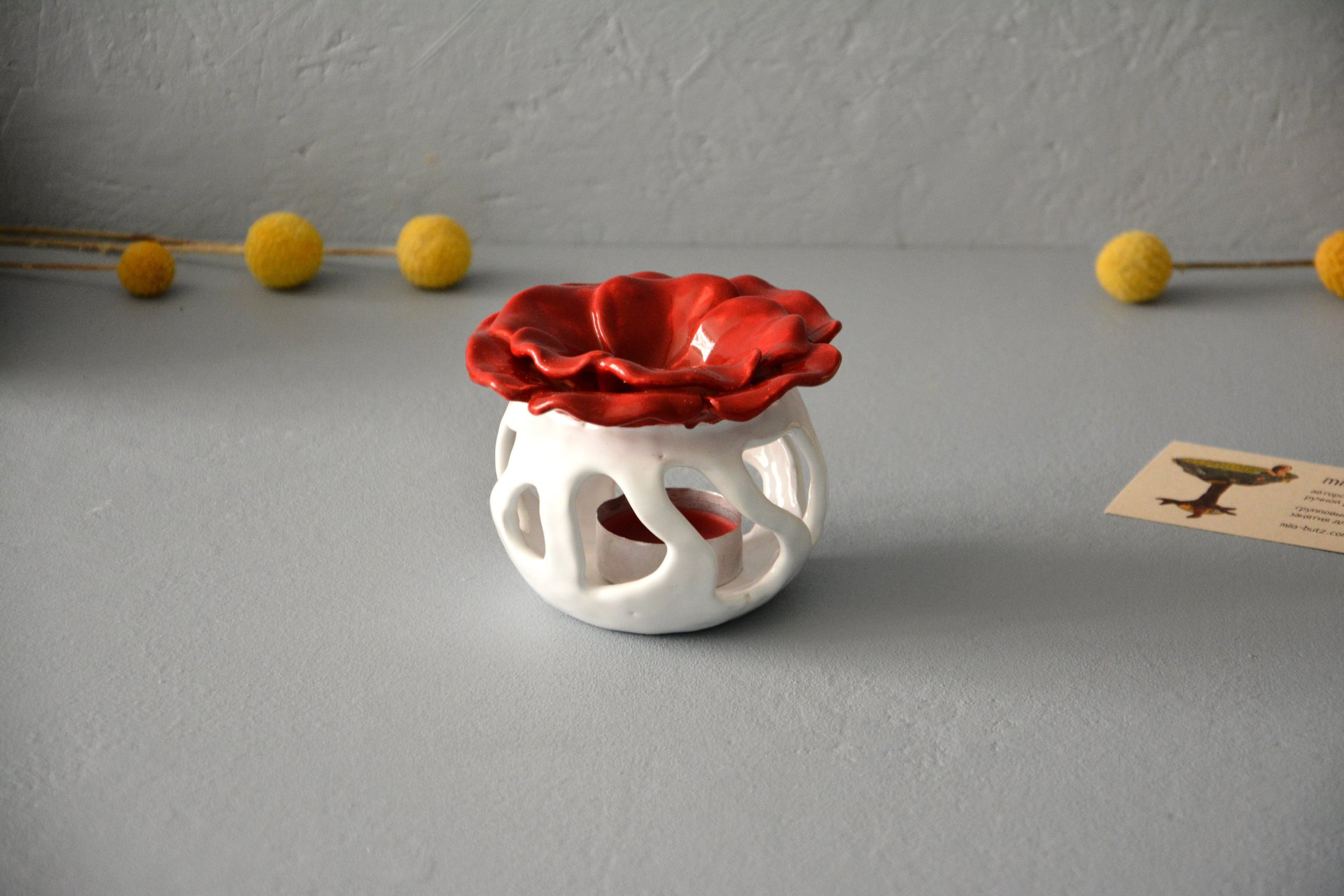 Ceramic Aroma Lamp Poppy, White with Red, color - white with red, height - 8.5 cm, diameter - 9 cm, photo 3 of 5.