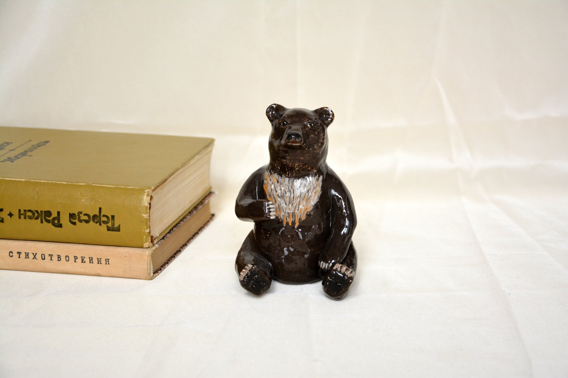 Bear-toed - Animals and birds, height - 11 cm, photo 1 of 2.