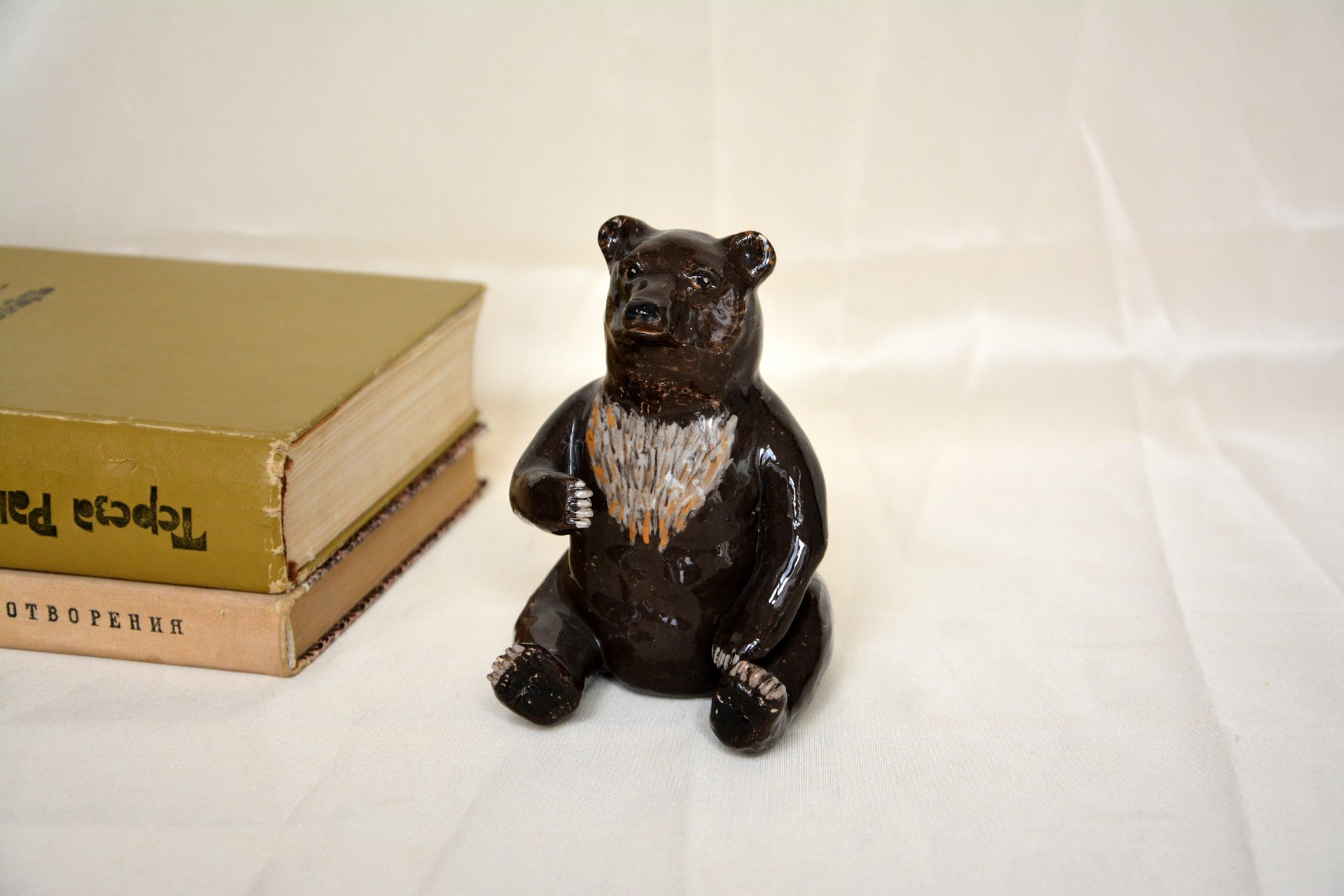Bear-toed - Animals and birds, height - 11 cm, photo 2 of 2.