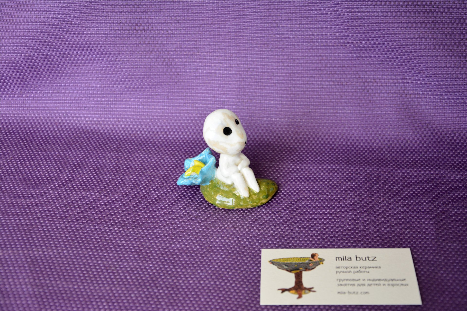 Figurine of Kodama Spirit of a tree by a flower, height - 6 cm, photo 3 of 4.