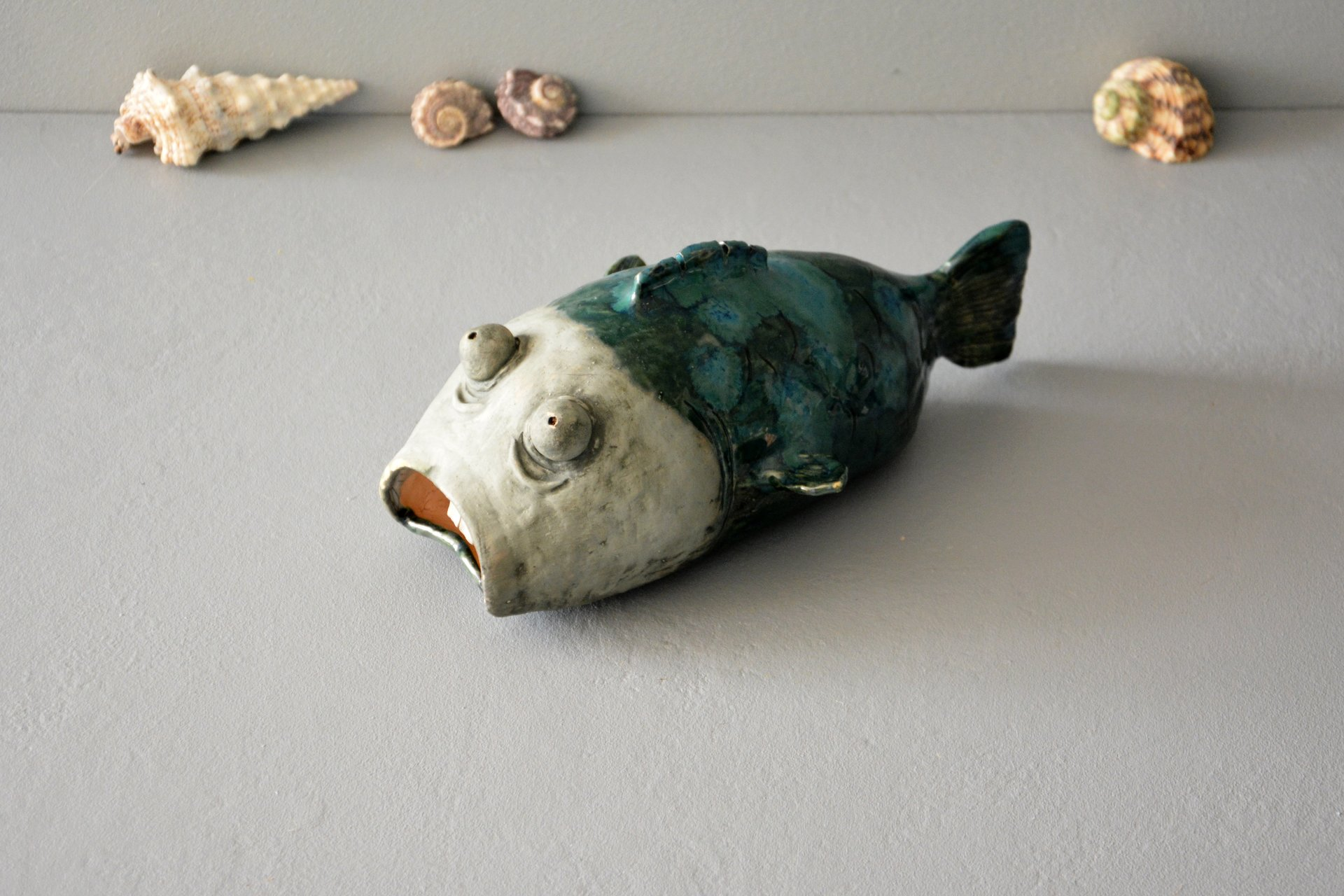 A figurine of a big fish made of clay, высота - 15 см, длина - 24 см, ширина - 11 см, photo 4 of 6.