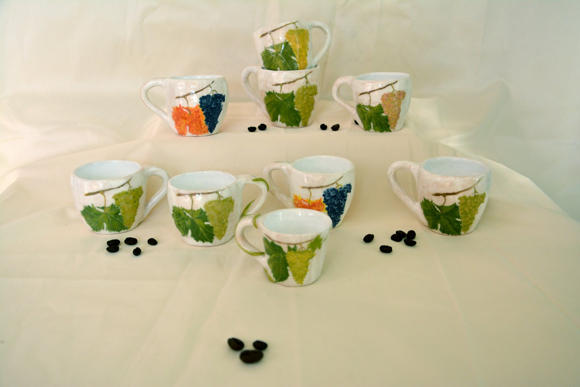 A set of white coffee cups Bunch of grapes - Cups, glasses, mugs, height - 6 cm, volume - 100 ml, photo 1 of 3.