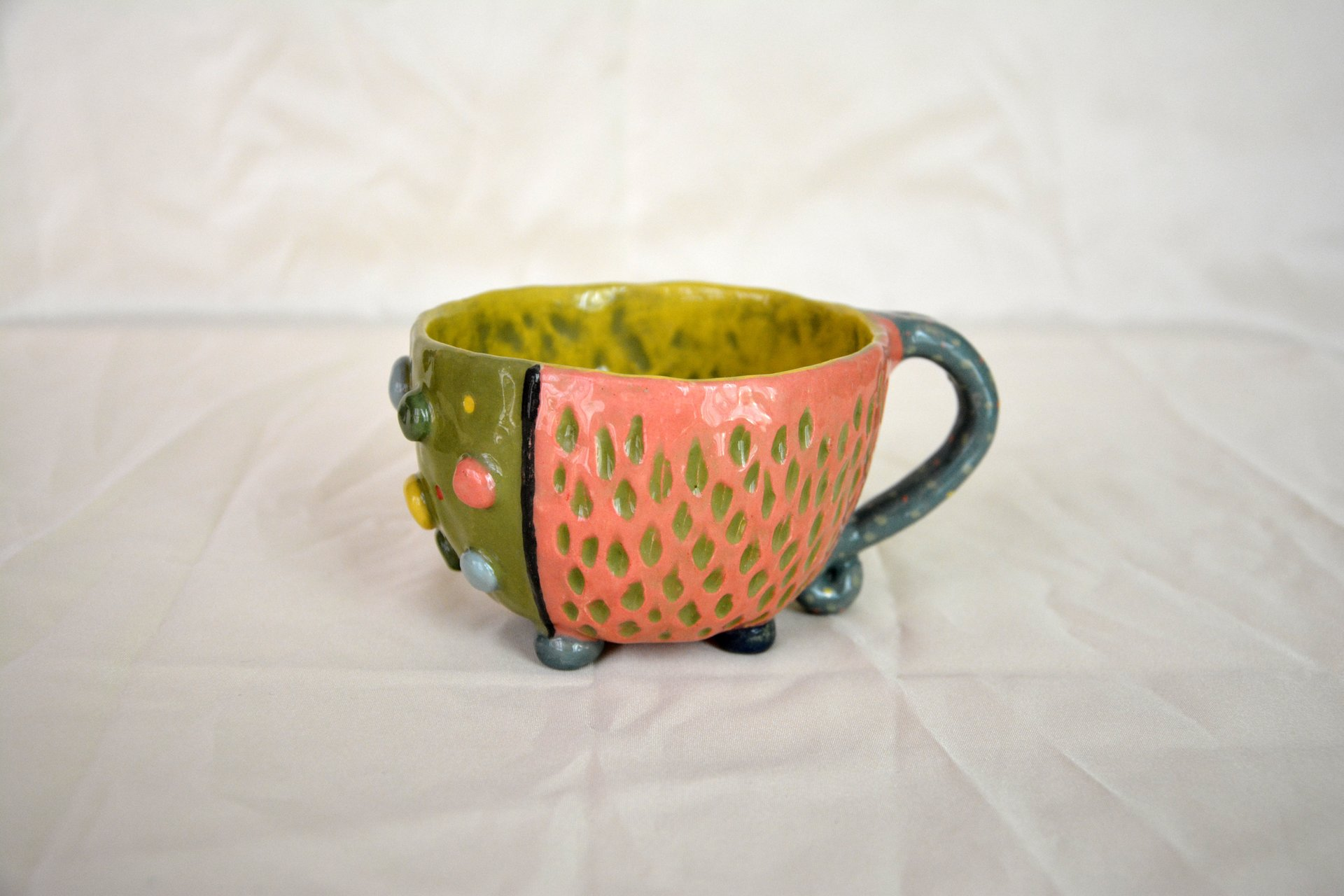 Bright color mug - Cups, glasses, mugs, height - 9 cm, volume - 350 ml, photo 1 of 3.