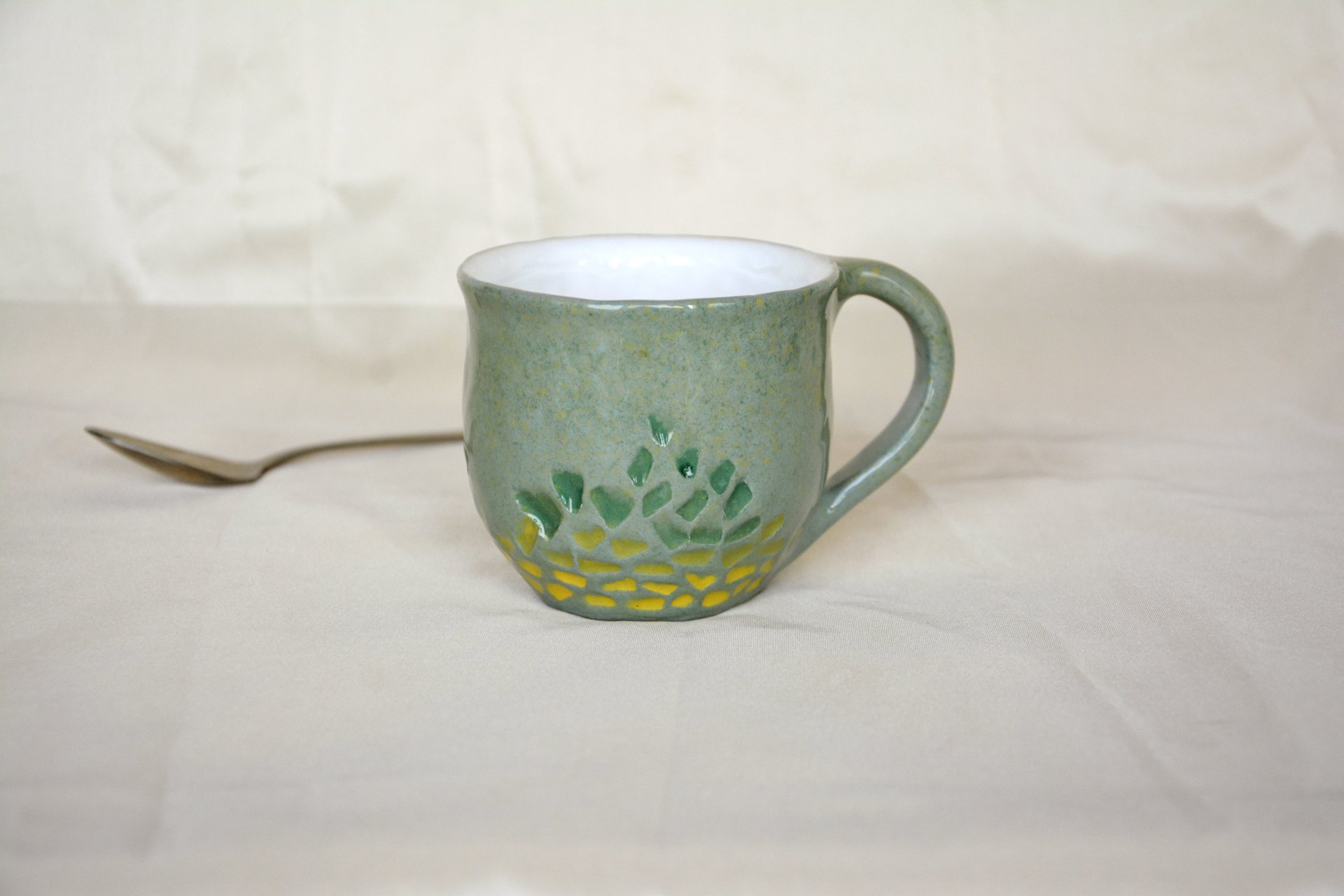 Gray cup for tea or coffee, height - 7 cm, volume - 220 ml, photo 7 of 8.