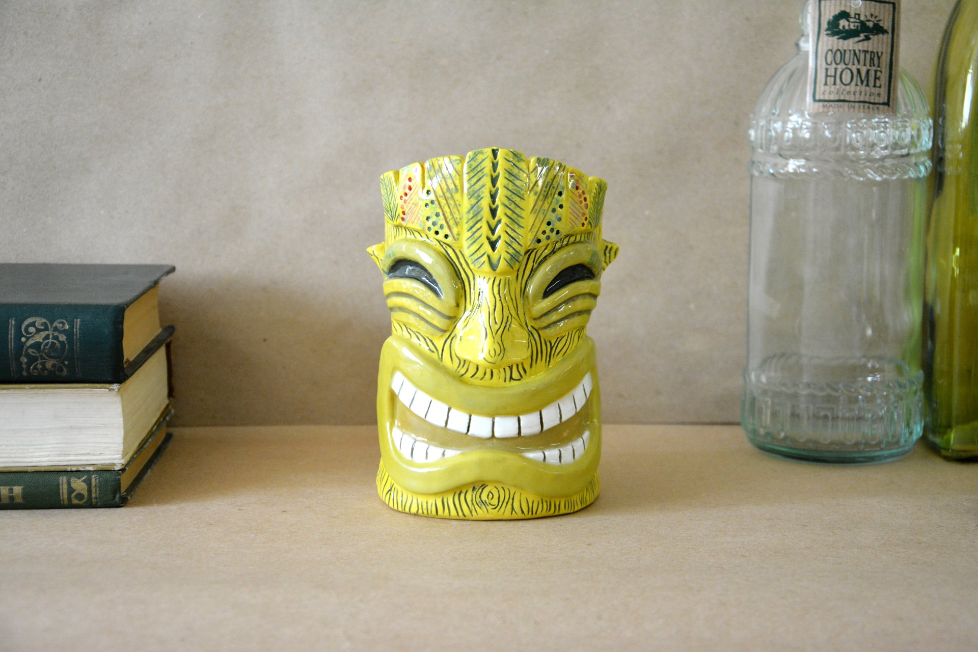 Glass of Tiki yellow big, height - 14 cm, volume - 0,6 l, photo 1 of 7.