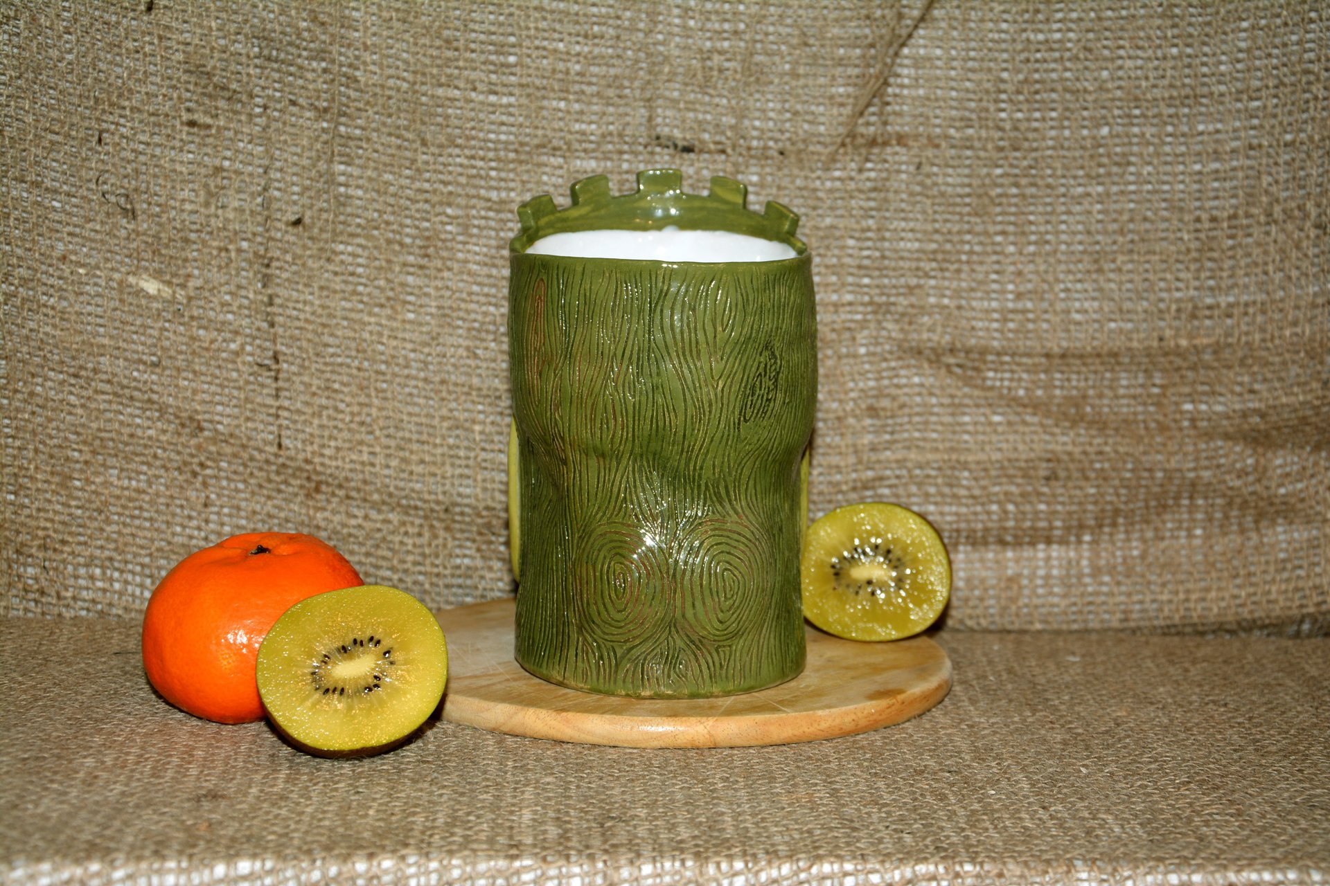 Huge Tiki Glass, color- green, height - 14 cm, volume - 0,7 l, photo 3 of 5.