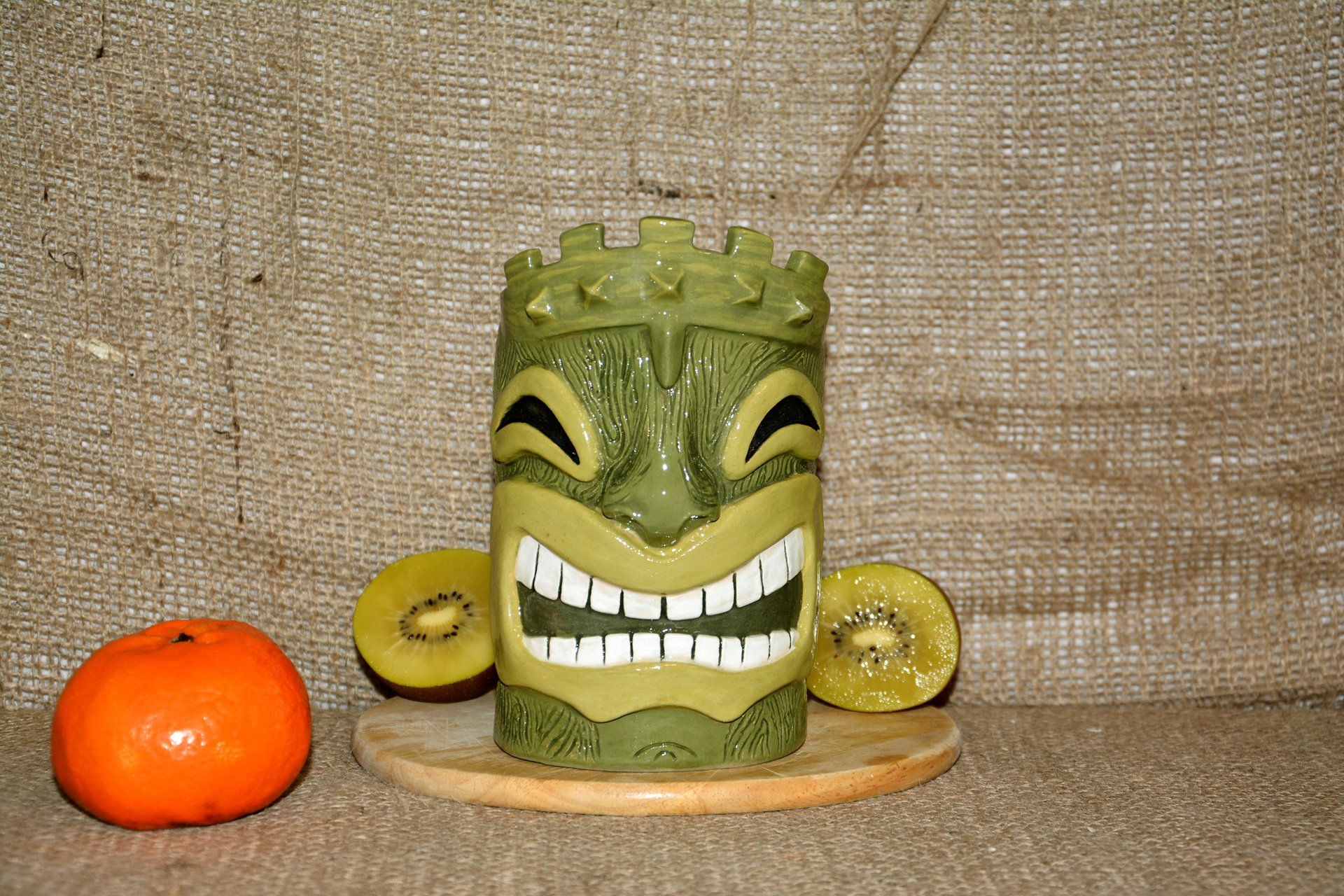 Huge Tiki Glass, color- green, height - 14 cm, volume - 0,7 l, photo 1 of 5.