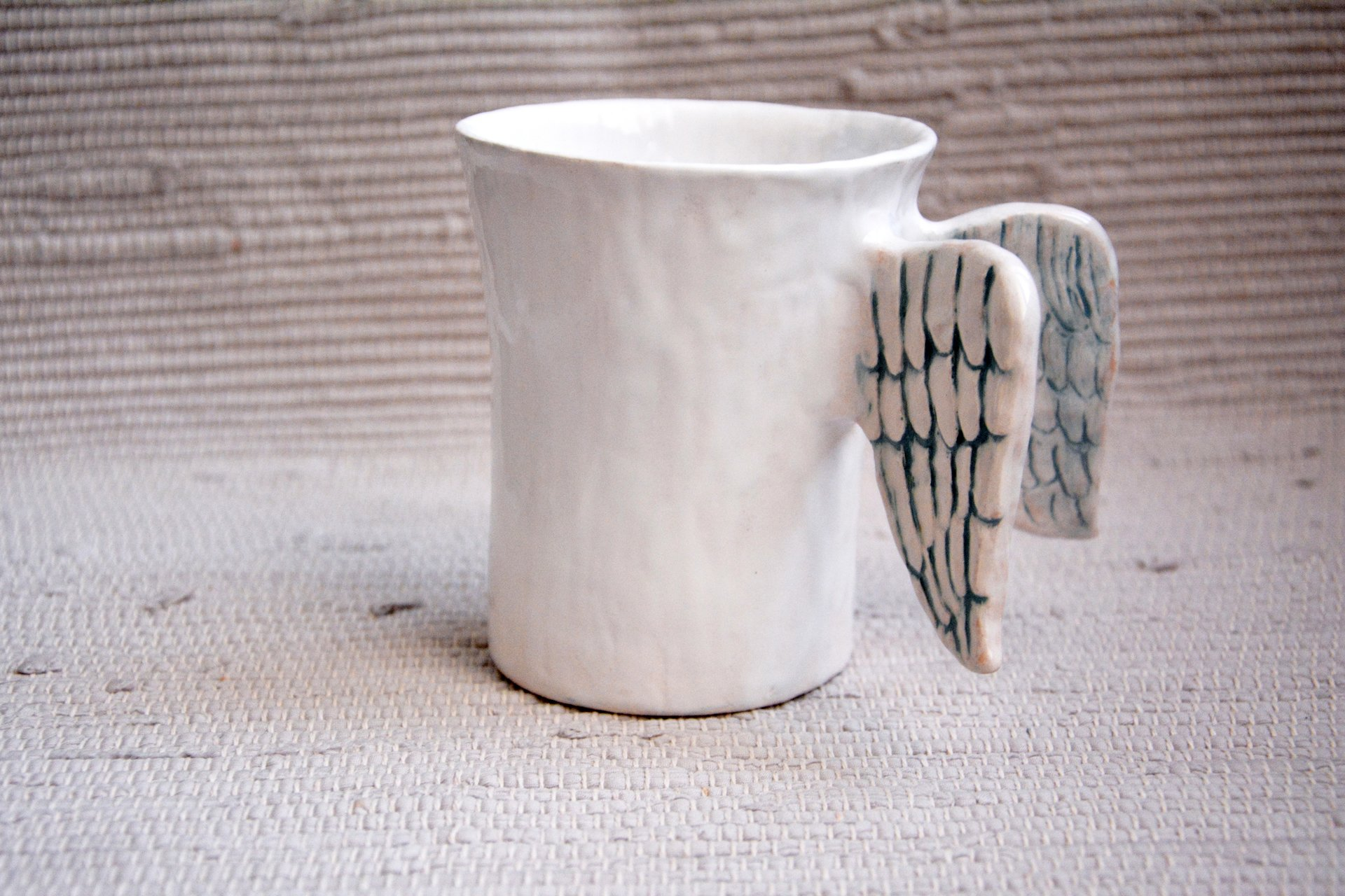 White with Wings - Cups, glasses, mugs, height - 11 cm, diameter on the bottom - 7 cm, on the top - 8.5 cm, photo 1 of 1.