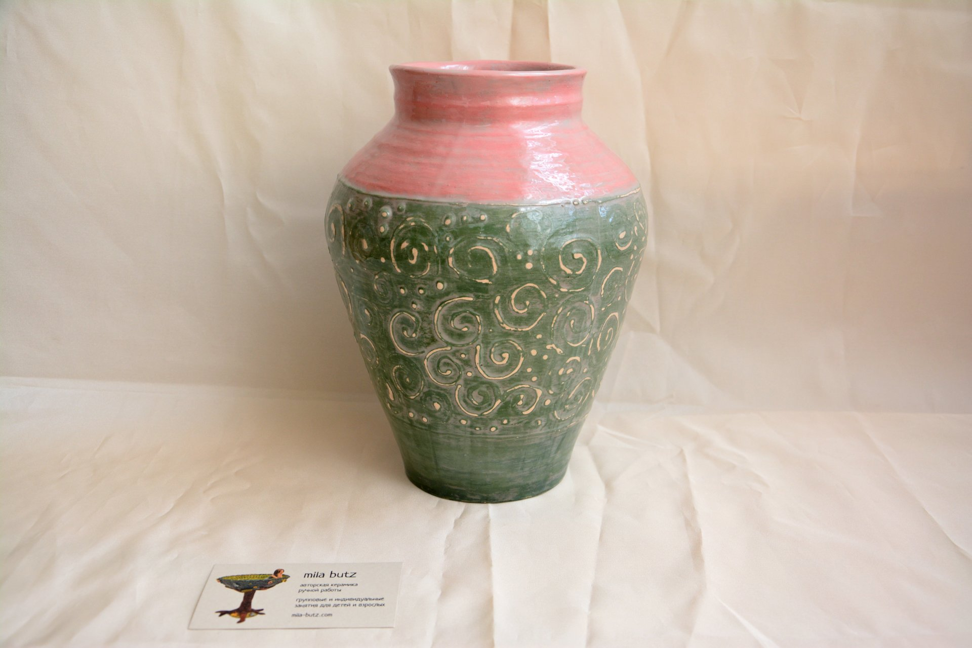 Classic vase Green patinated, height - 23 cm, photo 2 of 3.