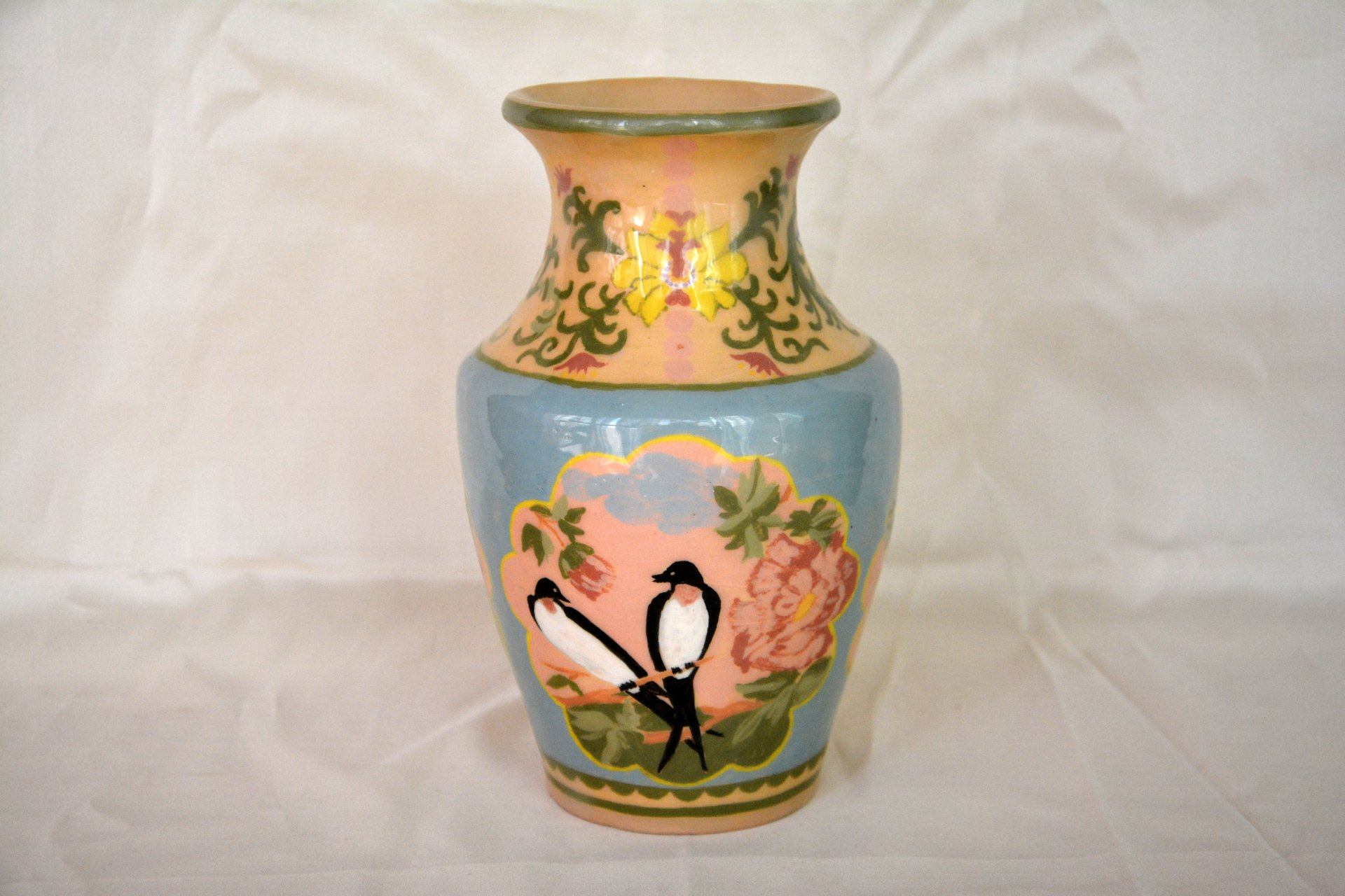 Ceramic classic vase with hand-painted swallows, height  - 18 cm, photo 5 of 5.