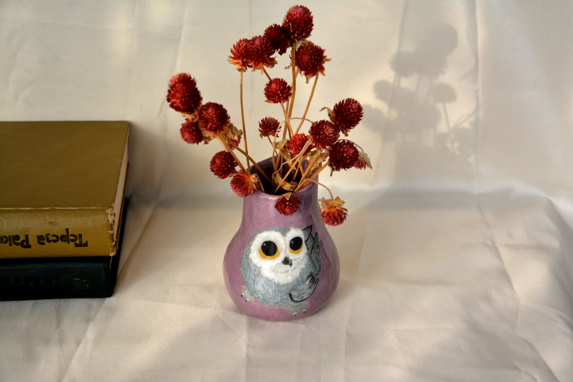 Small Vase or flowers «The Snowy owl», height - 10 cm. Photo 986.