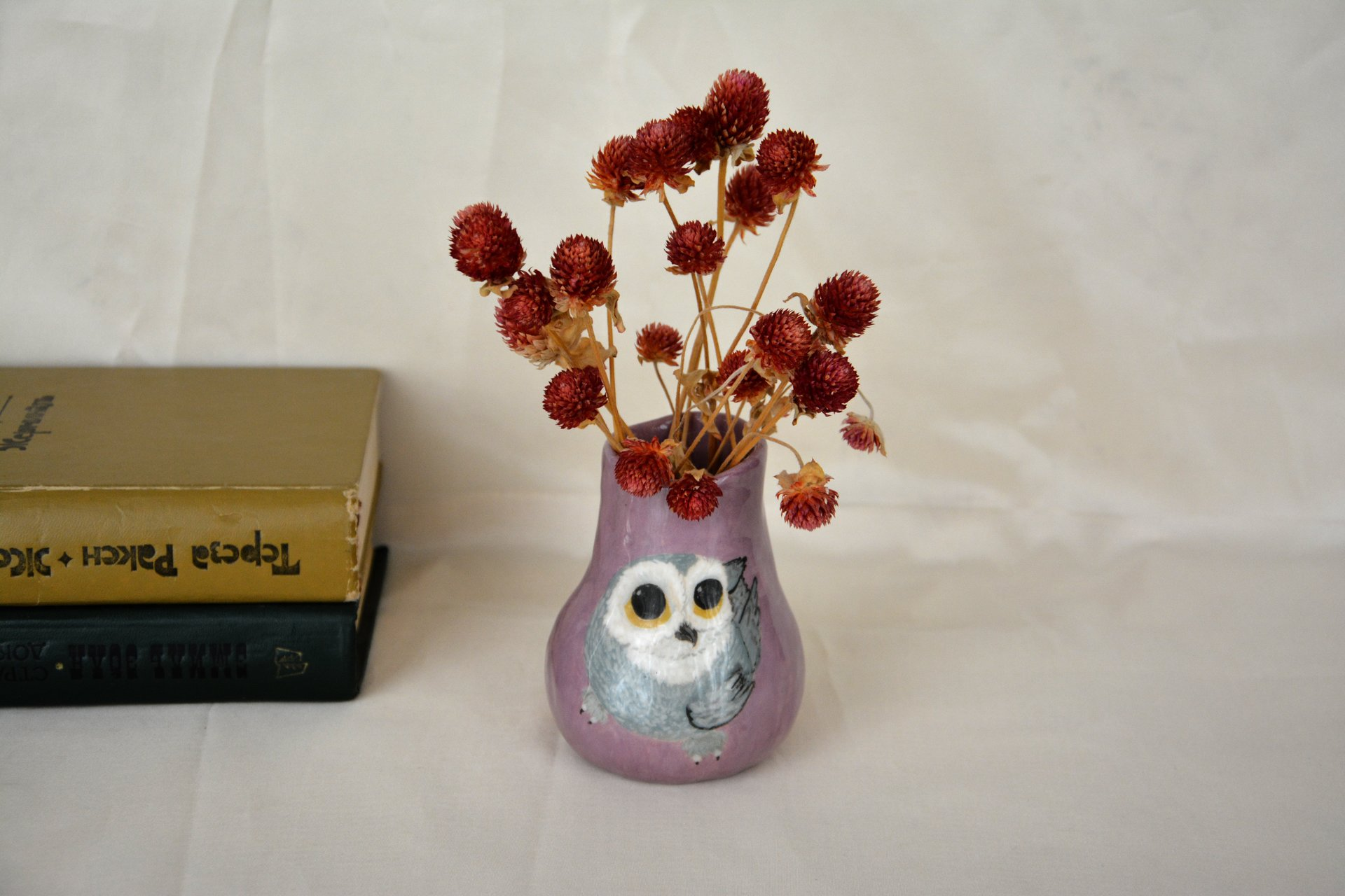 Hand painted vase (with a picture) «The Snowy owl», height - 10 cm. Photo 987.