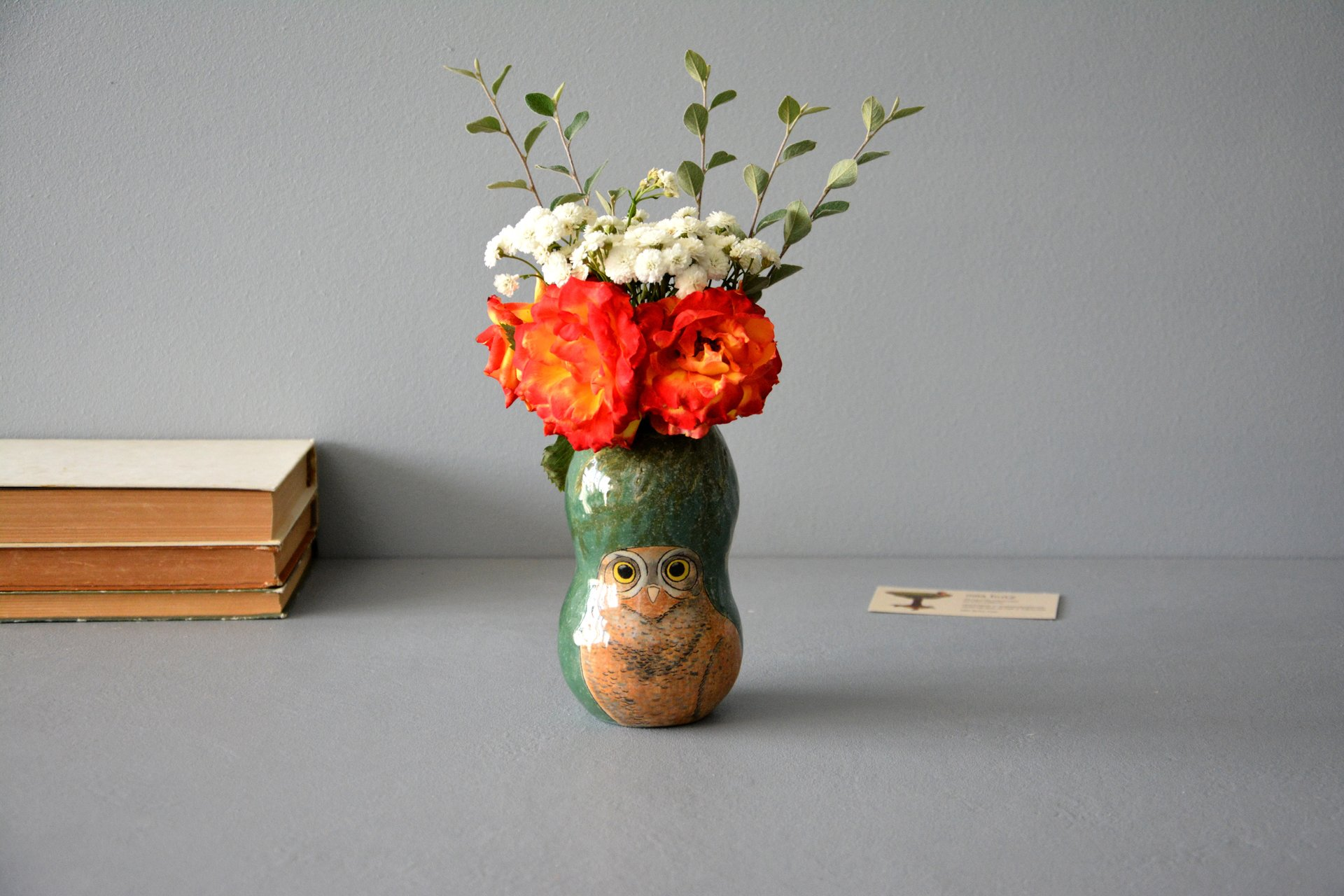 Hand painted vase (with a picture) «Burrowing owl», height - 13 cm. Photo 1062.