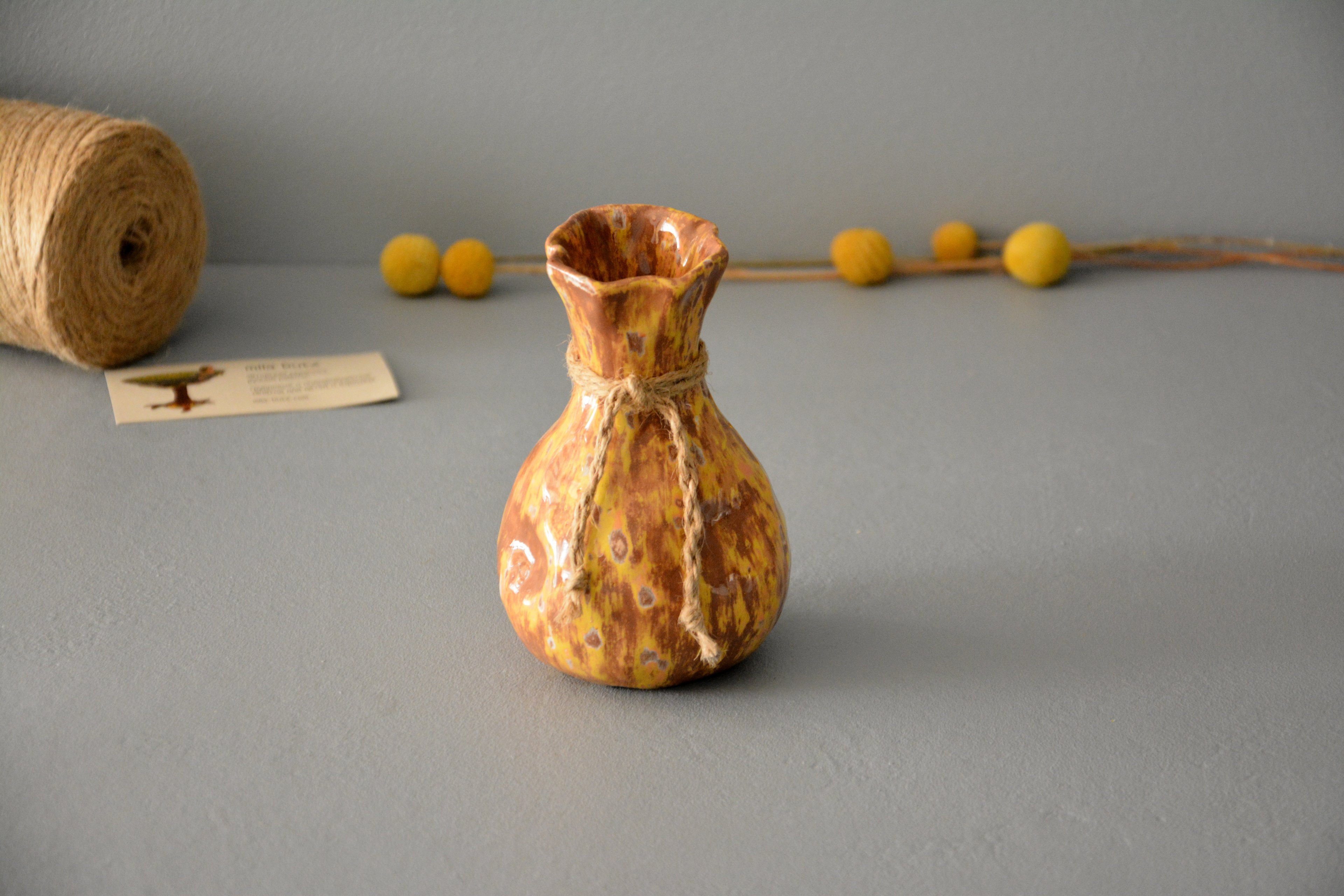 Decorative vase «Yellow-brown Bagful», height - 13 cm. Photo 1196.