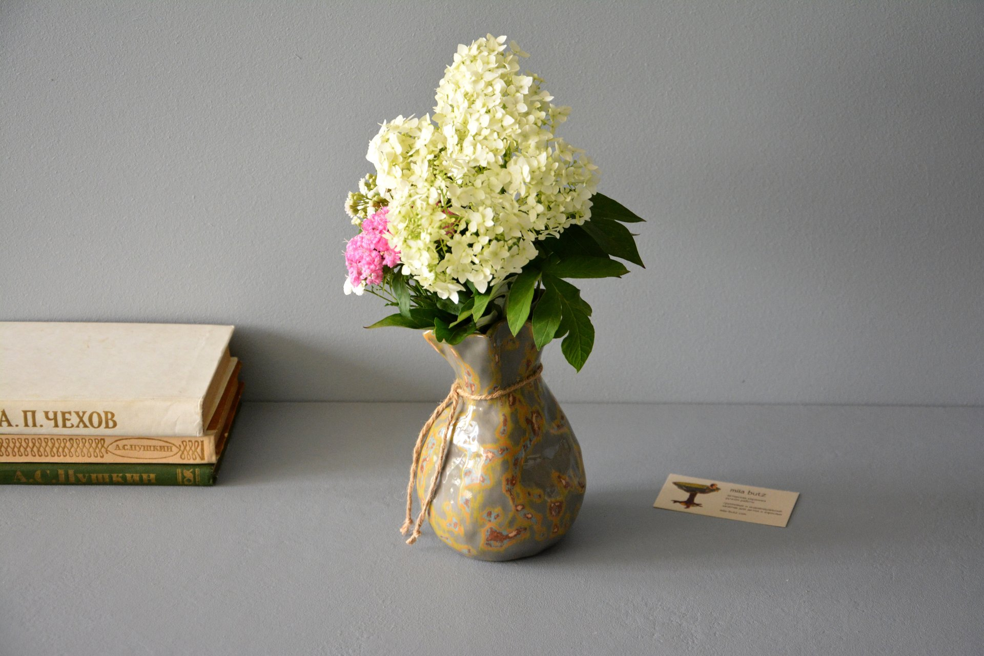 Small Vase or flowers «Shabby gray Bagful», height - 17 cm, color - gray. Photo 990.