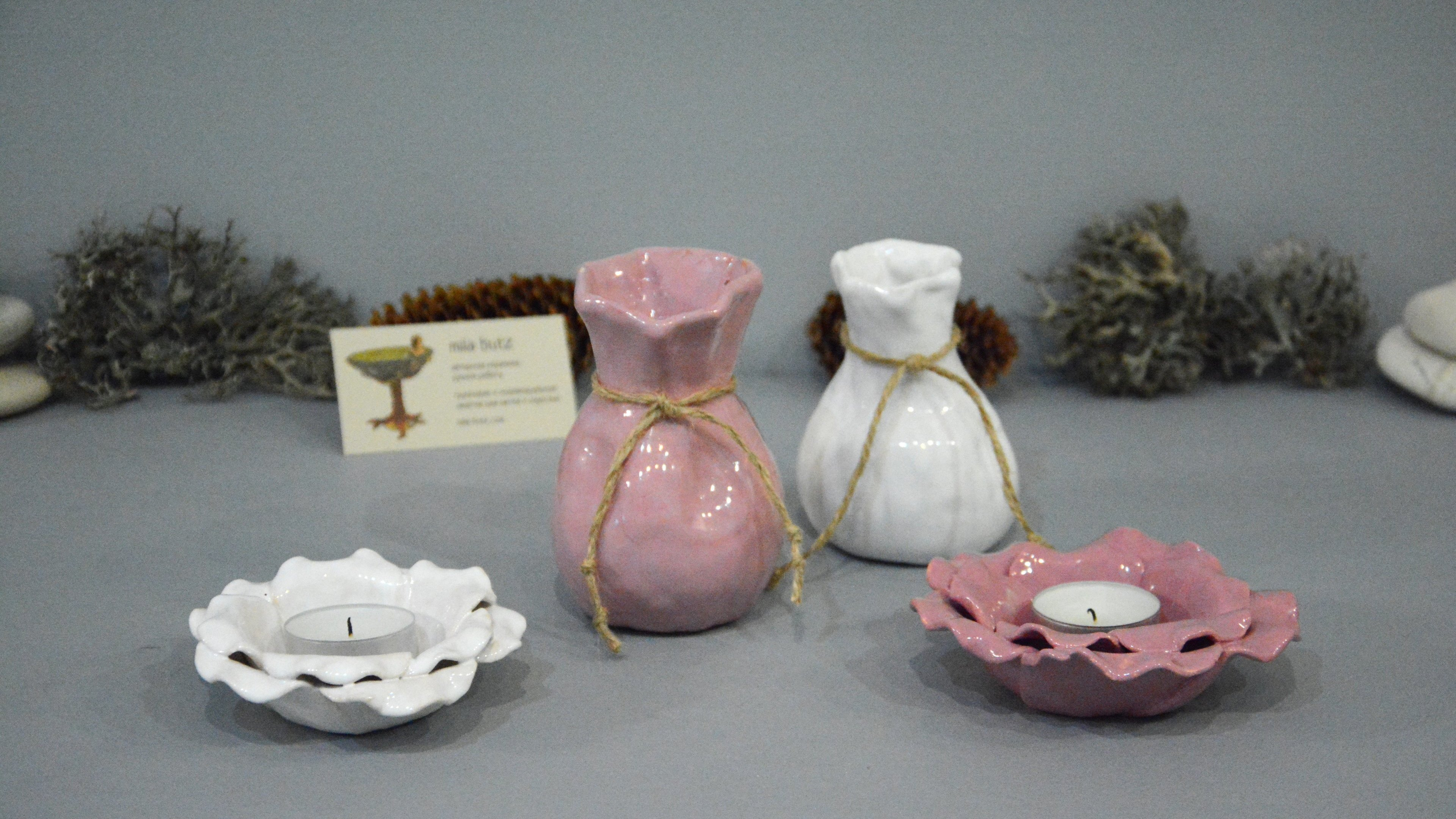 Ceramic small vase candlestick «Pink Bagful», height - 11 cm, photo 6 of 6, format 16x9. 1296-3840-2160.