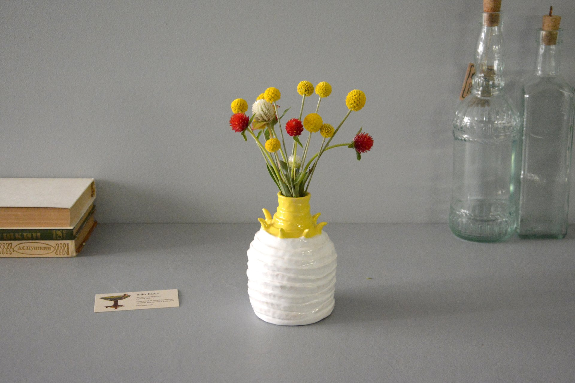 Decorative white-yellow vase Tourniquets, height - 13,5 cm, photo 3 of 7. 1162.