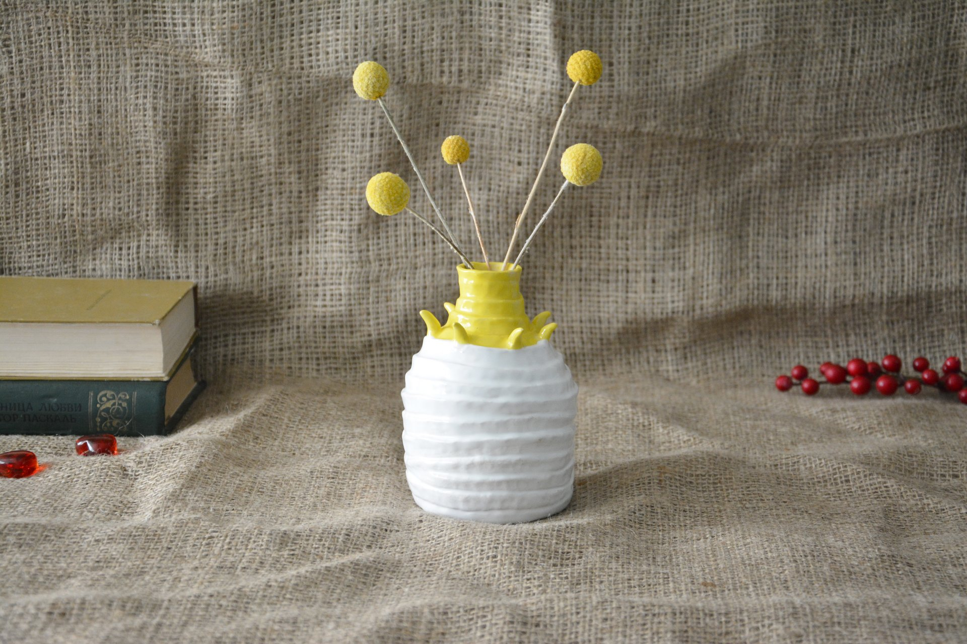 Decorative white-yellow vase Tourniquets, height - 13,5 cm, photo 5 of 7. 605.