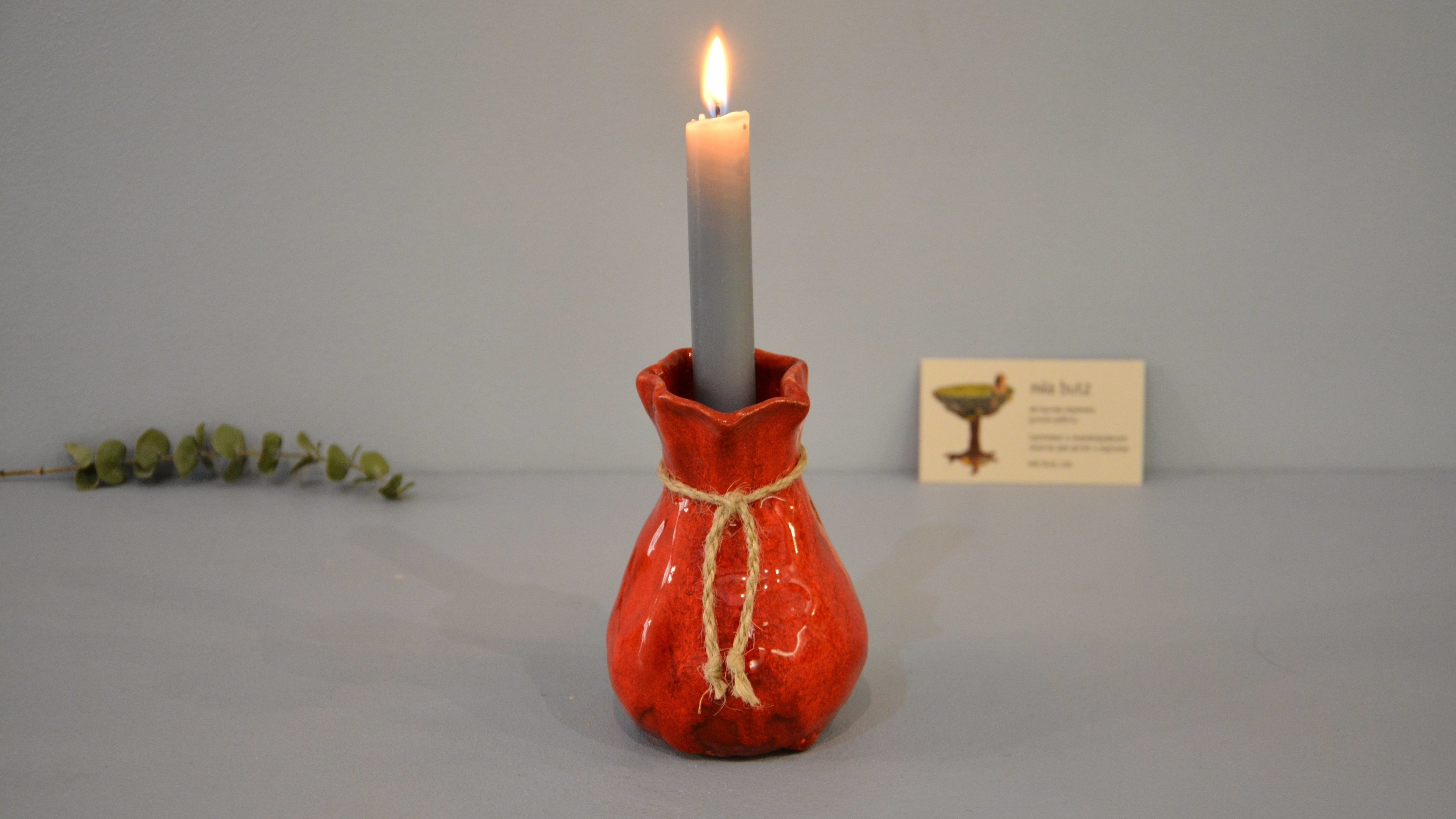Candle vase «Red Bagful», height - 12 cm, color - red. Photo 1423-3840-2160.