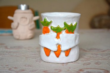ceramics Ceramic mug with carrots